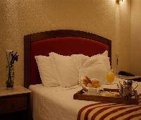 Hotel So Lzaro
