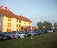 Nb Hotel Restaurant Moulins