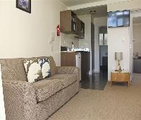 Hananui Lodge Motel