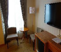 Cest Jeune Hotel