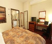 Pomeroy Inn & Suites Hotel