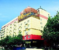 An-e Hotel Eying