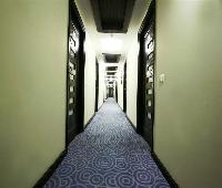 Karon Hotel