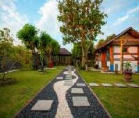 Villa Aquin Solo