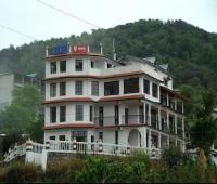 Monal Inn Pangot