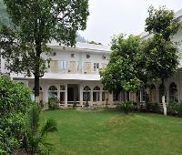 Hotel Bhaj Govindam.