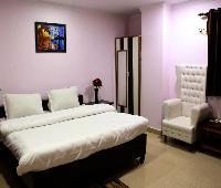 Sarweshwary Hotel