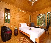 Woodhive Serviced Villa