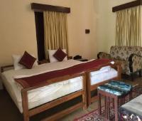 Hotel Dada Maharaj Palace