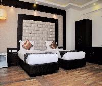 Hotel Ivory Inn